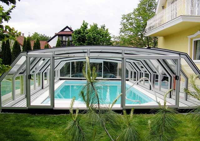 Quel abri de piscine choisir? Les différents types d'abris